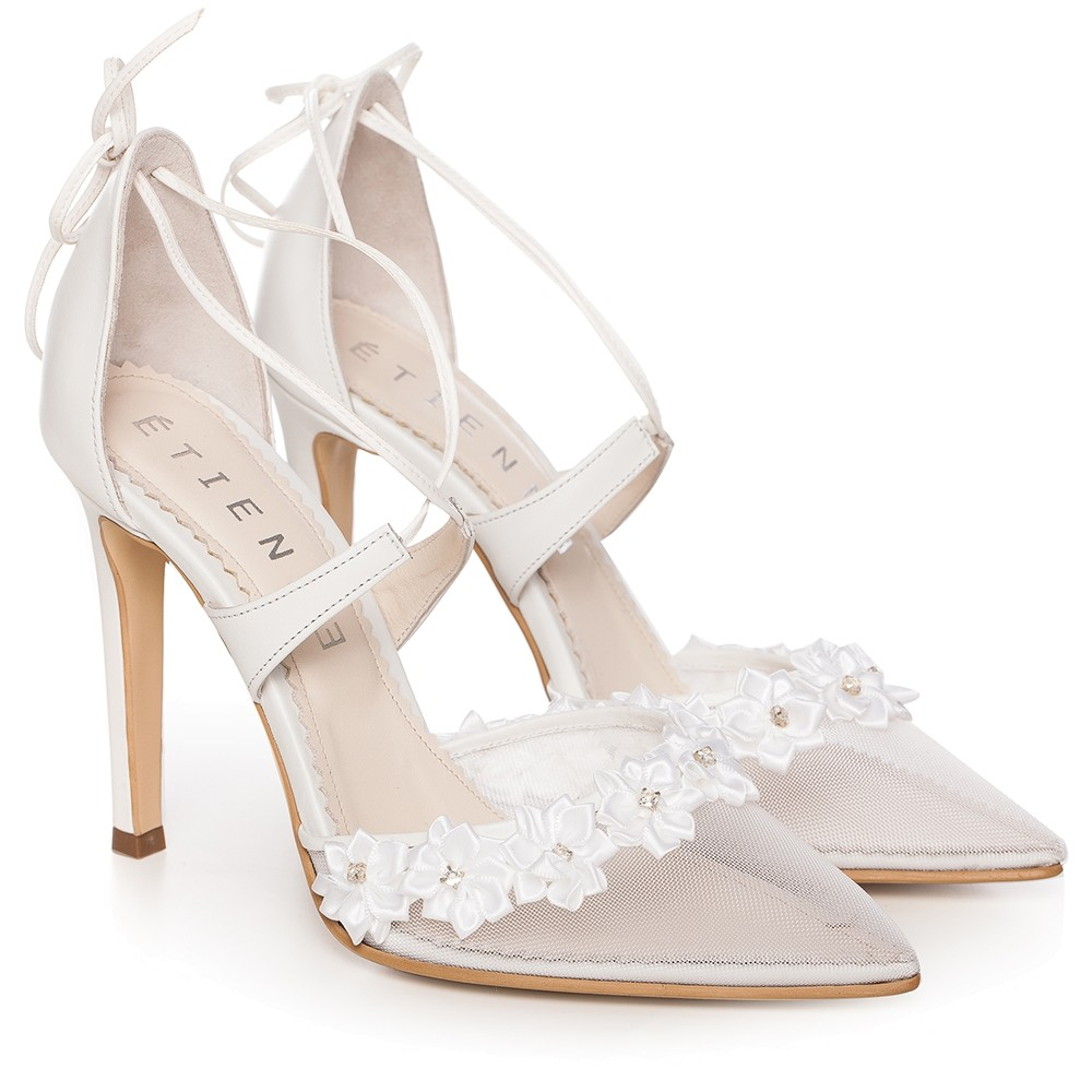 White Sandals With Lace And High Heel Flower Charllote Default
