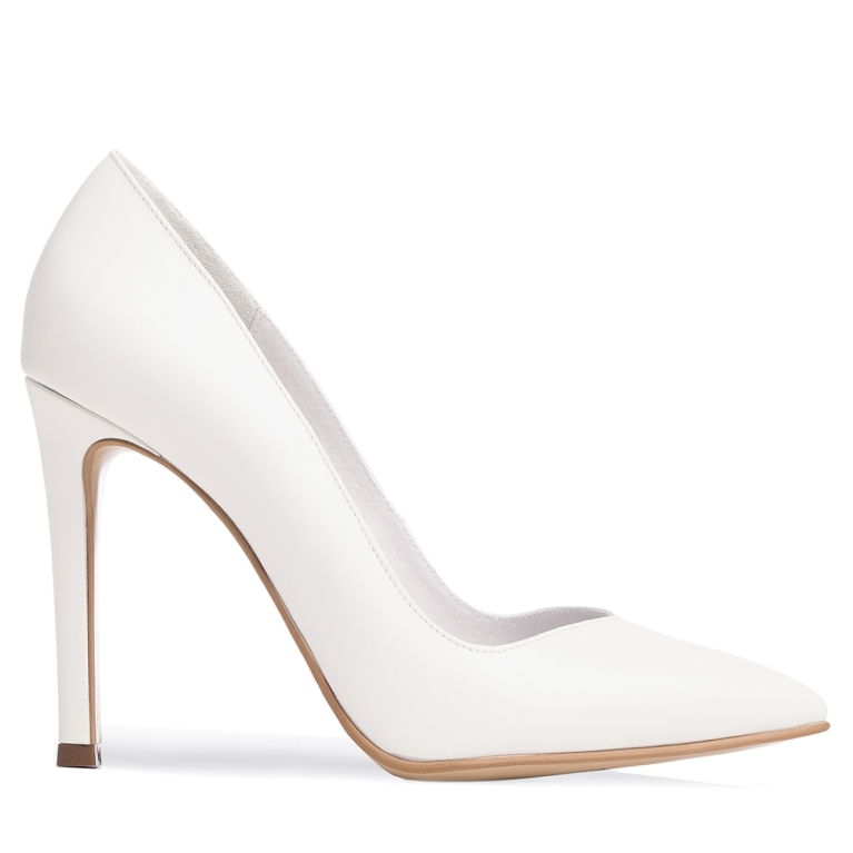 White bridal shoes Classy