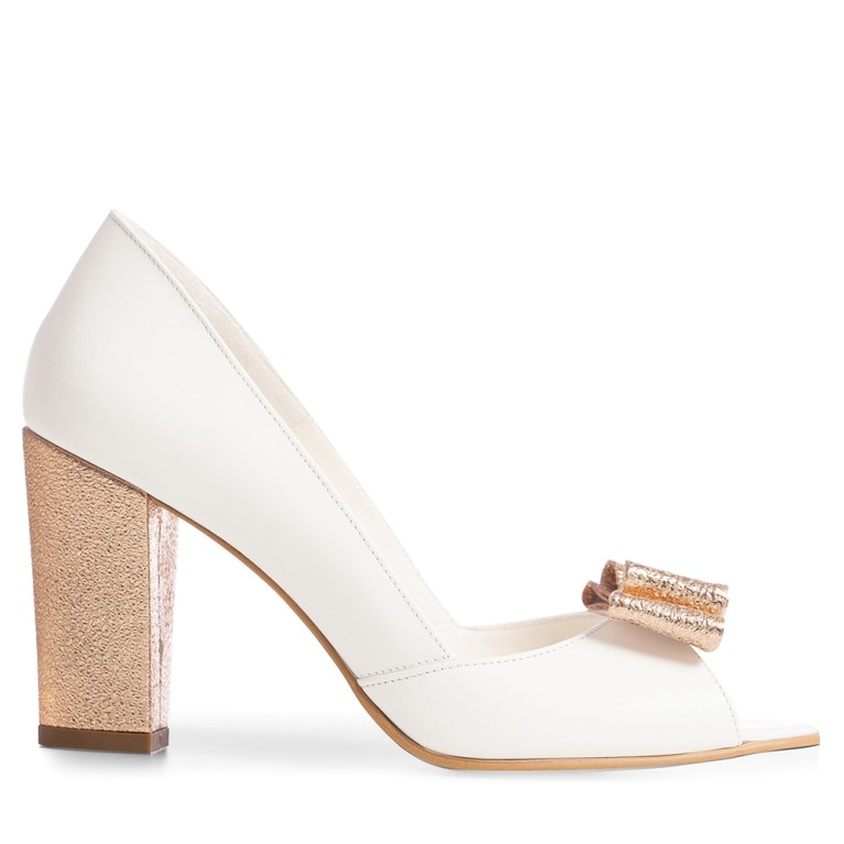 Whit bridal shoes with block heel and bow Peep Toe
